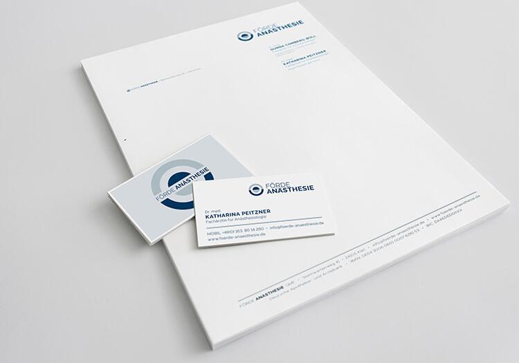 stamp_media_werbeagentur_kiel_kommunikation_design_foerdeanasthaesie_visitenkarte_Logo_briefbogen_03