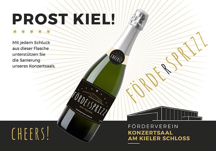 Stamp_Media_Foerderverein_Konzertsaal_am_Kieler_Schloss_Sekt